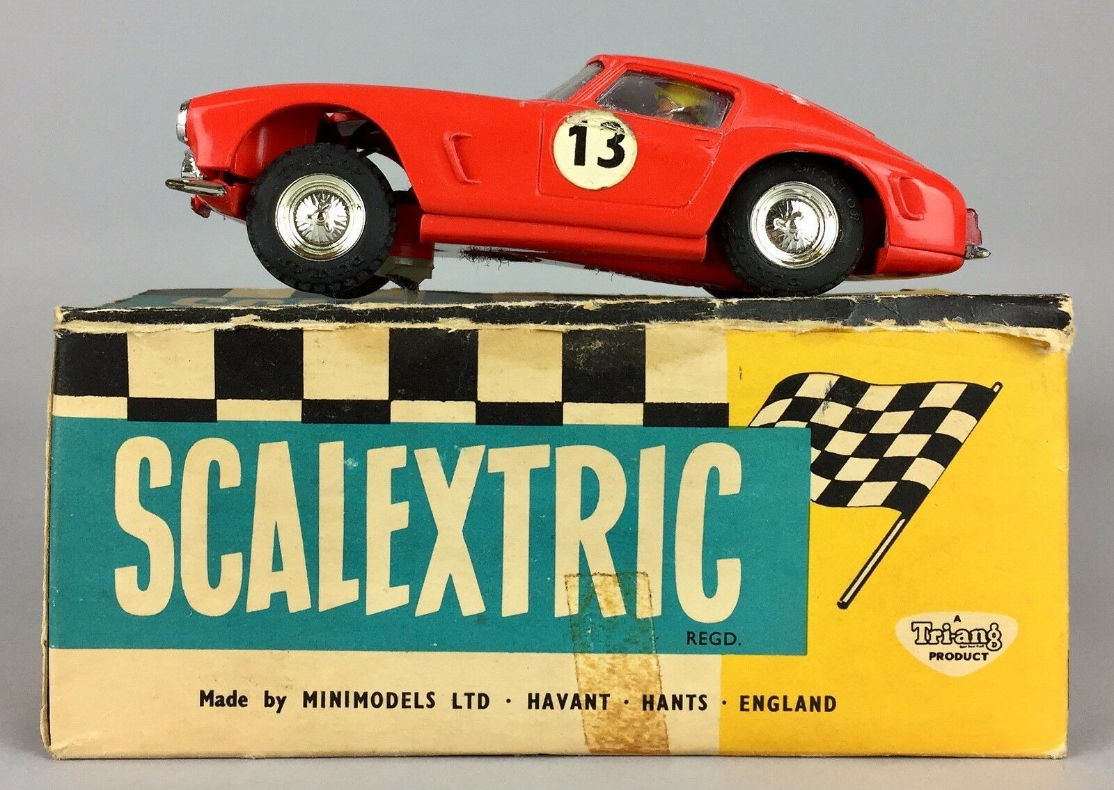VINTAGE TRIANG SCALEXTRIC -FERRARI GT- ELECTRIC MINIMODELS RACING CAR E 4 -BOXED