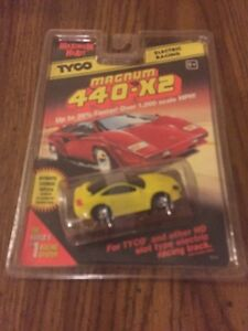 1996-TYCO-440-X2-DODGE-STEALTH-COUPE-Slot-Car-YEL-9141