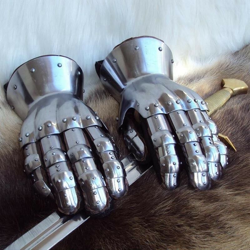Articulated Hourglass Gauntlets - Perfect For LARP   Re-Enactment