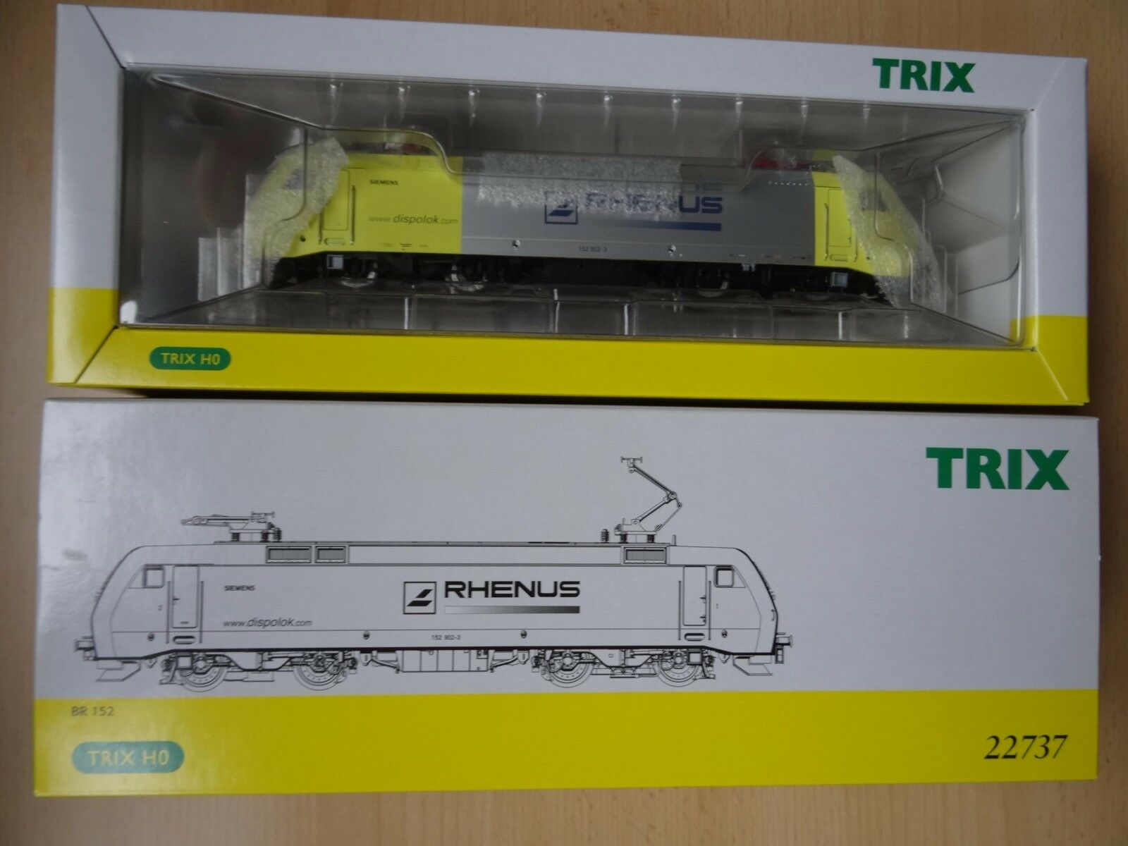 Trix  Artikel HO    22737  E-Lok BR 152  Rhenus   - Neuware aus Ladenauflösung    Economy  191e0d