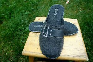Premium Quality 100/% Sheep Wool Sheep Felt Slippers .Made in Europe.USA Sealer!