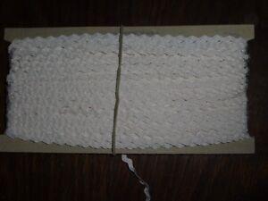 (0,40 €/m) Blanc Branches Toron/toron, Hauteur Environ 0,4/0,7cm 50 M Sur Le Carton Rda Opew-tze, Höhe Ca. 0,4/0,7cm 50m Auf Der Pappe Ddr Opew Fr-fr Afficher Le Titre D'origine Nettoyage De La Cavité Buccale.