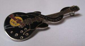 Broche-Hard-Rock-Cafe-Sacramento-guitare-noire
