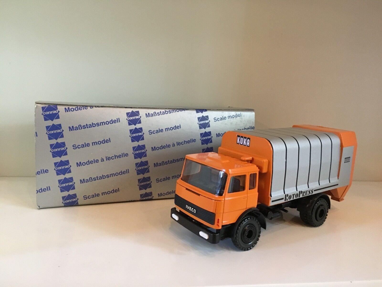 Iveco camión de basura kuka Rotopress de Conrad 1 50 OVP