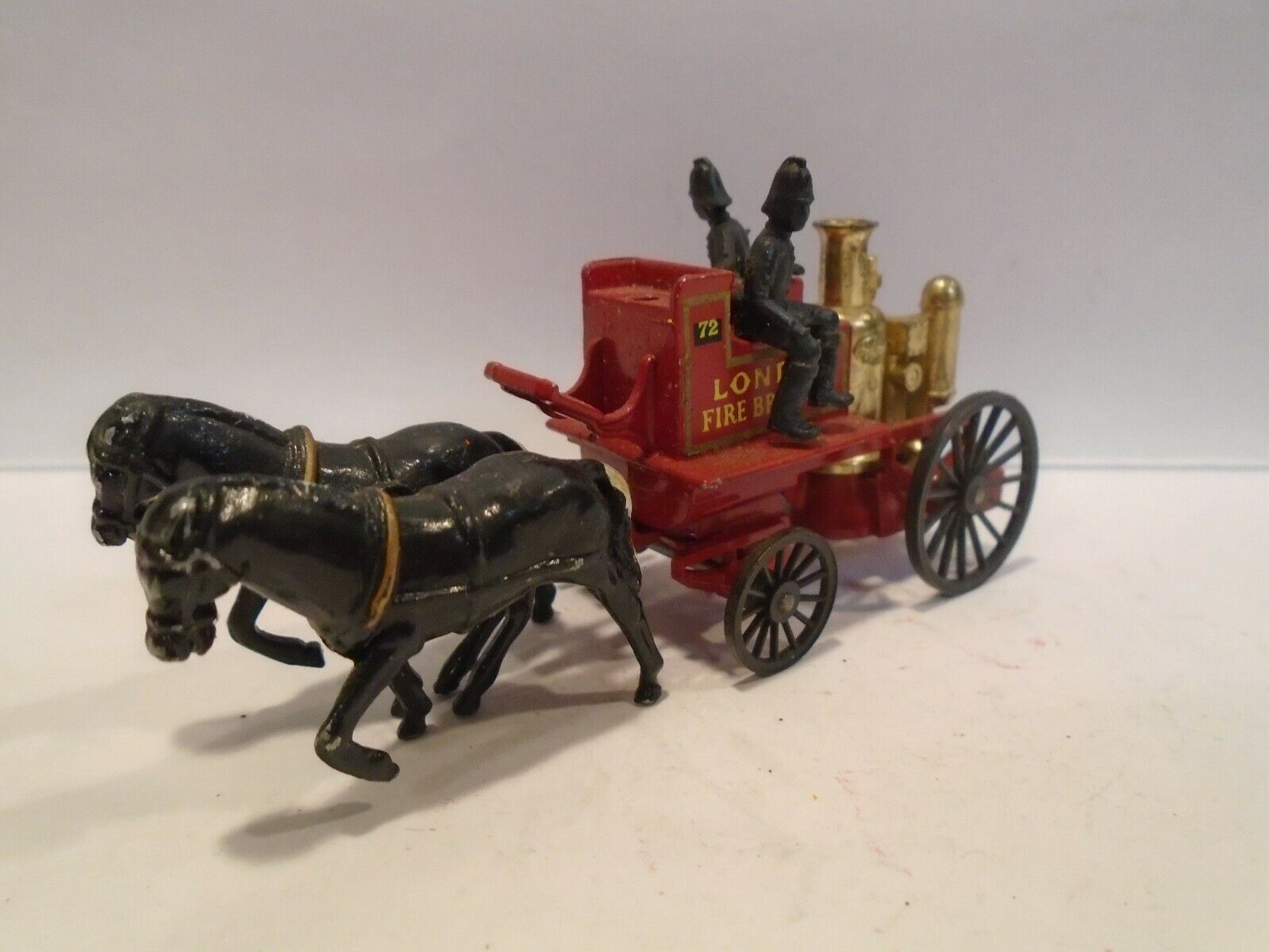 Matchbox Horse Drawn Fire Engine nMINT Vintage 1960s Lesney