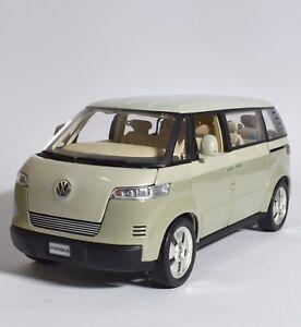 Revell-08431-VW-Volkswagen-Microbus-Bully-Concept-Car-1-18-OVP-K022