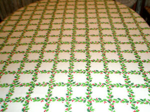 Vintage Holiday Tablecloth Holly and Berries 61 x 102 Oval
