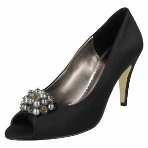 Detail Esme Scott Black Filippa Shoes Heeled With Bead Ladies O50pYwfqCx
