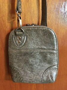 BoBo-Bags-California-Metallic-Gray-Crossbody-Leather-Bag-Purse-Handbag-NWOT