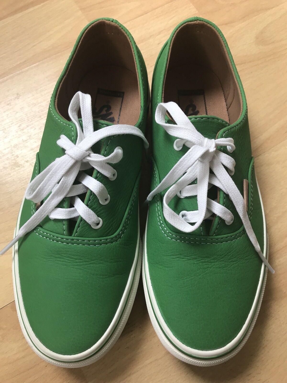 Vans Ladies Green Leather shoes  37