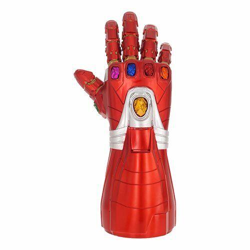 Endgame Iron Man Nano Gauntlet Pvc banque par Monogram Avengers