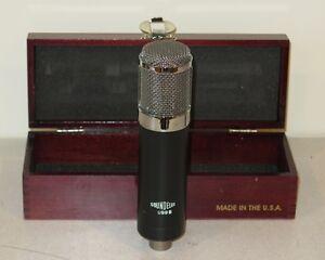 Soundelux-U99B-Multi-Pattern-Tube-Condenser-Microphone