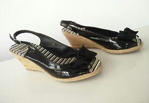 Women-039-s-M-amp-S-Marks-Spencer-Black-patent-straw-wedges-heels-shoes-UK-7-EU-40