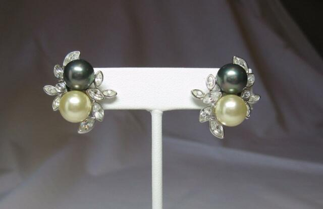 Vintage & Antique Jewelry Nolan Miller Jackie Collins Estate Earrings Black Pearl Celebrity Jewelry