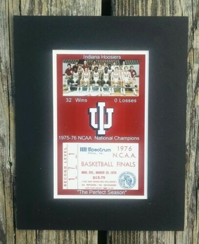 INDIANA HOOSIERS MATTED PHOTO OF 1976 NCAA BASKETBALL CHAMPS TEAM//REPLICA TIX #2