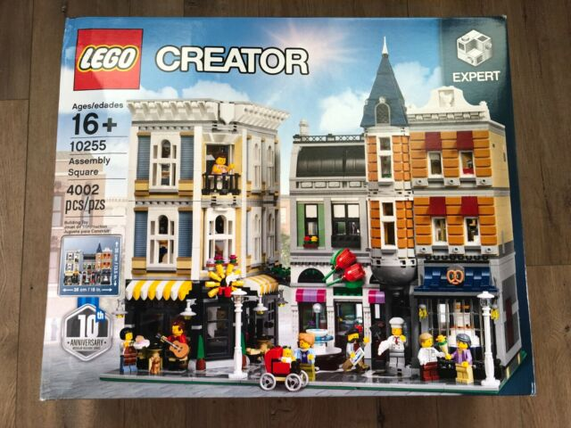 LEGO Creator Expert Assembly Square 10255 Building Kit 4002 Pieces IN STOCK