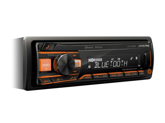 Autoradio Bluetooth 1 DIN USB Mp3 AUX IN controllo iPod Alpine UTE-200BT