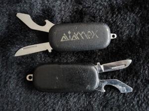 Two-folding-knives-Keyrings-pendants