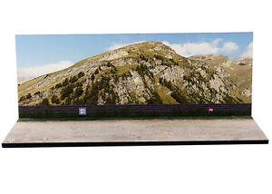 Diorama-presentoir-Montagne-en-ete-Mountain-summer-1-43eme-43-2-D-D-012