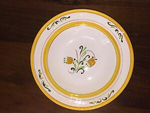 Image is loading Stangl-Pottery-YELLOW-TULIP-8-Round-Vegetable-Bowl- & Stangl Pottery YELLOW TULIP 8u201d Round Vegetable Bowl (Lot 1) | eBay
