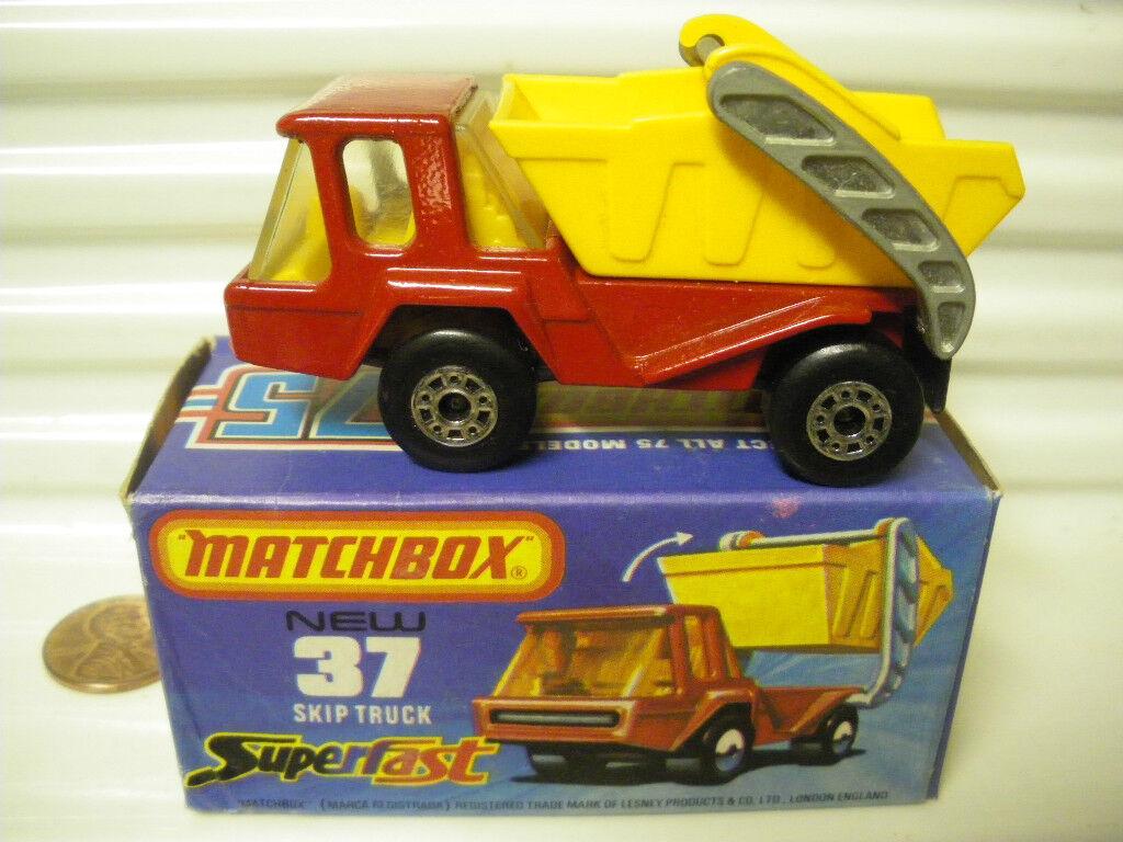 A la venta con descuento del 70%. Lesney Matchbox 1978 MB37C rojo rojo rojo Skip Camión Amarillo Interior chrcoal base Exc BOXD   servicio honesto