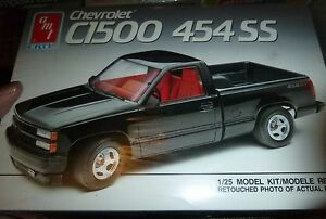 AMT CHEVY C-1500 454 PICKUP TRUCK 1/25 MODEL CAR MOUNTAIN KIT FS