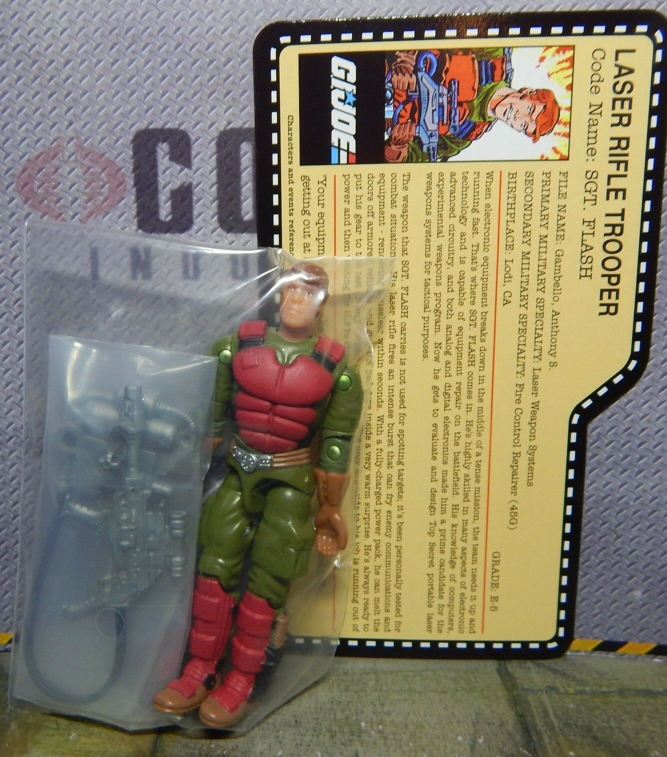GI JOE  2007 FLASH   MISB   EXCLUSIVE JOECON  TANKS FOR THE MEMORIES 1982