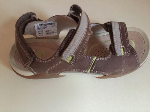 Garçons Clarks Mirlo Air Cuir Junior Sandales Taille 13.5 /& 2.5 BRAND NEW