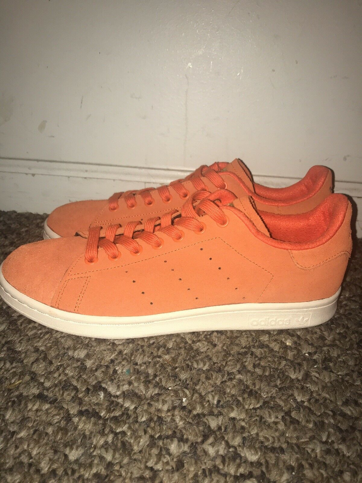 Adidas Stan Smith Size 9 orange Suede