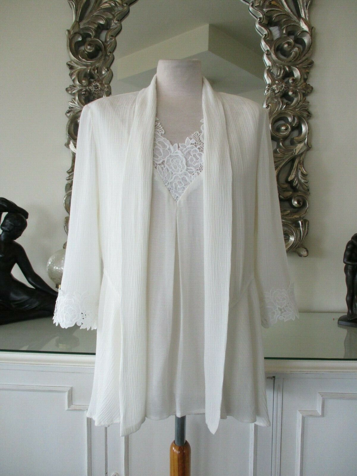 FRANK LYMAN  Off Weiß Waterfall Jacket & Top Twinset with Lace 10 12 BNWT 2 Pc
