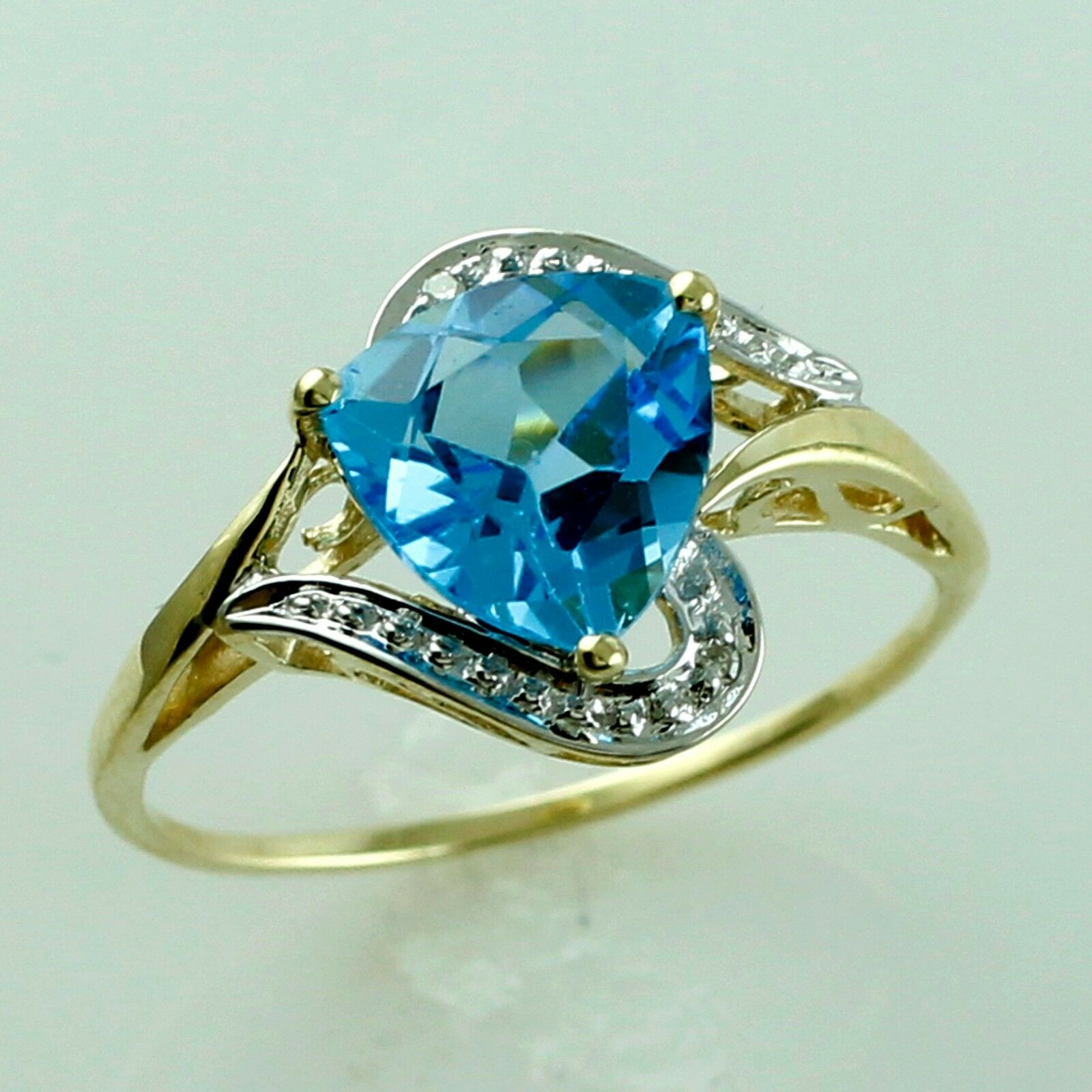 December Birthstone Swiss bluee Topaz 3.32 Ct gold Christmas And New Year Jewelry