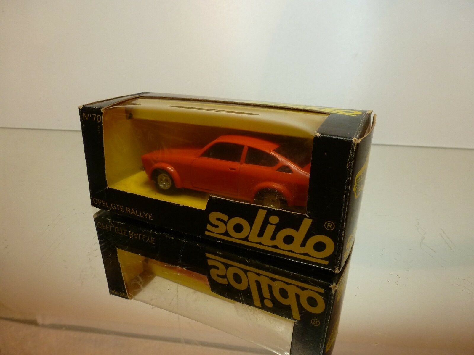 SOLIDO 70 OPEL GTE RALLYE - RED 1 1 1 43 -  VERY GOOD CONDITION IN BOX 338329