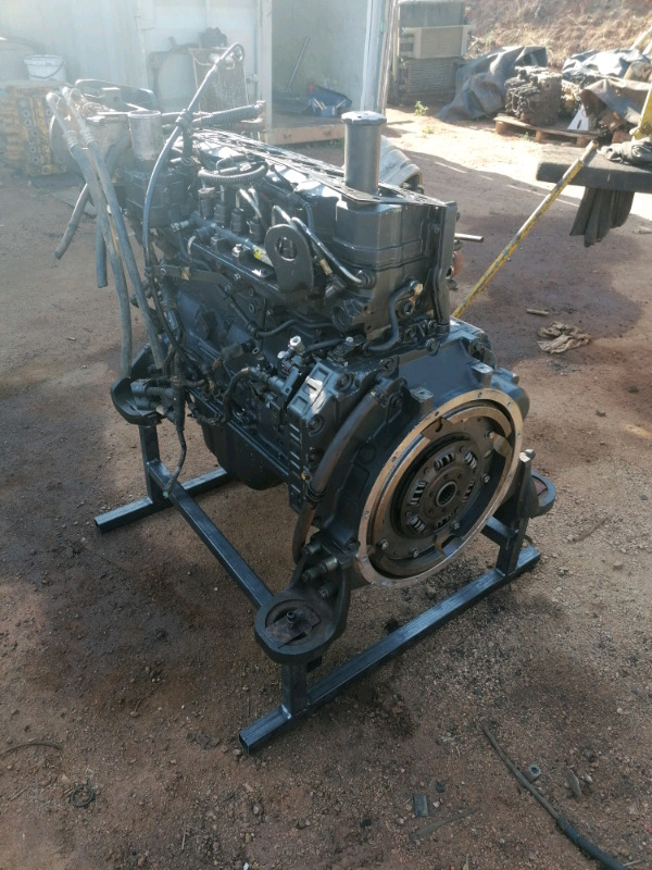 Reconditioned pc200-8 engine for sale