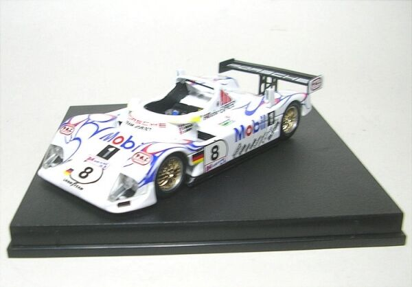 PORSCHE LMP1 no. 8 LeMans 1998 (Raphanel   Weaver   Murry )