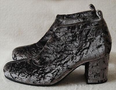 NUOVO Unisa GrigioArgento Velluto Schiacciato Scarpa Bassa Alla Caviglia Stivali Tacco 3UK 36EU   eBay