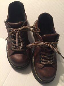 e31598d1a6 DOC DR MARTENS AirWair Women's Saxon 8312 Brown Tan Leather Shoes US ...