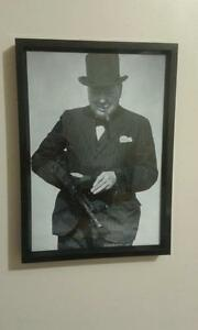 WINSTON-CHURCHILL-WITH-TOMMY-GUN-A4-FRAMED-260GSM-PHOTO-PRINT