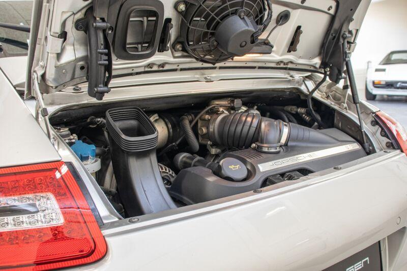 Porsche 911 Carrera S Coupé - 12