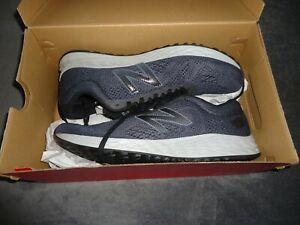 NEW-IN-BOX-NEW-BALANCE-BALCK-MENS-SNEAKERS-SIZE-10-1-2D-Running-Course