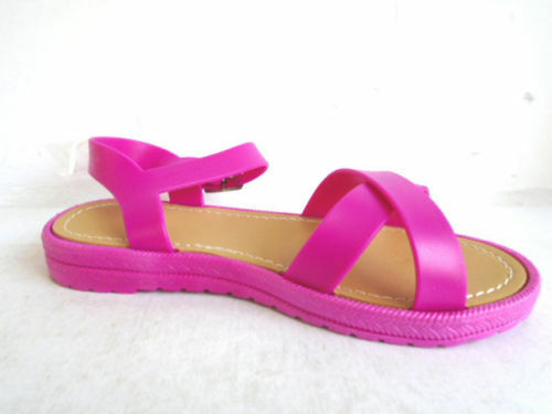 *SALE** Girl/'s Fuchsia PVC Buckle Fastened  Sandals Spot On H0136