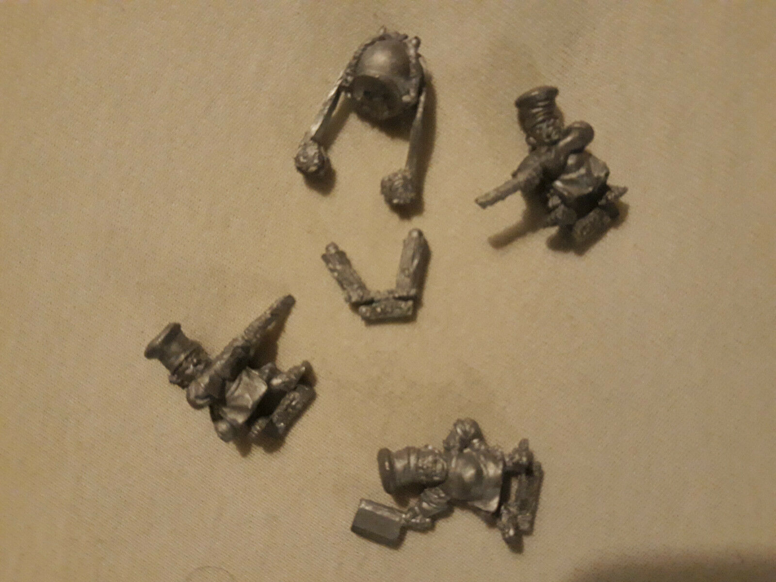 Warhammer halfling dogs of war catapult hot pot crew