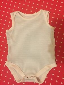 Vest Bodysuit 36 Months - <span itemprop='availableAtOrFrom'>Faversham, Kent, United Kingdom</span> - Vest Bodysuit 36 Months - Faversham, Kent, United Kingdom