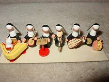 NEW VINTAGE WOODEN MINIATURE CHRISTMAS NUNS WITH MUSICAL INSTRUMENTS