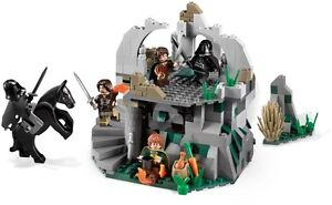LEGO-The-Lord-of-the-Rings-9472-Attack-On-Weathertop-New-SealedBagsNoBoxFreePost