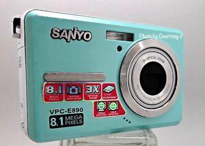 Sanyo-Xacti-VPC-E890-LIGHT-BLUE-8MP-Digital-Camera-with-2-7-034-LCD-3x-optical-zoom