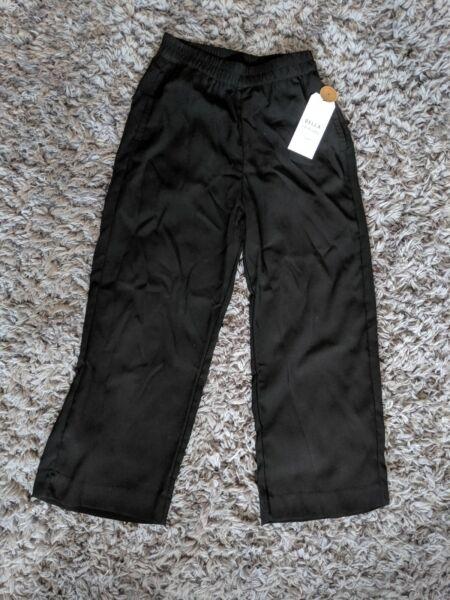 100% Verdadero Nueva Marca Lindex Negro Recortada Pantalones Uk Size 8-ver CóMo Evitar Que Los Pelos Se Caneen Y Ayudan A Retener El Cutis