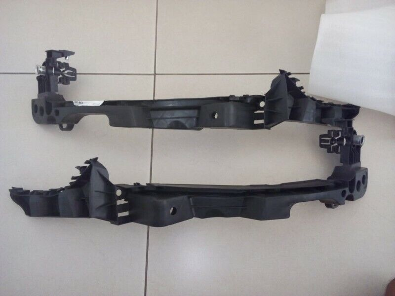 VW GOLF 6 GTI 2009/12 BRAND NEW FRONT BUMPER HEADLIGHT BRACKETS LOWER  FOR SALE PRICE:R195 EACH