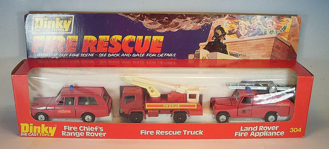 DINKY TOYS 304 rire Rescue Set Fire Range Rover/RESCUE camion/Land rover neuf dans sa boîte | Vente En Ligne