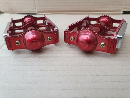 NOS BMX MKS BM 5 RED 9//16 INCH AXLE PEDALS NEW OLD STOCK IN BOX