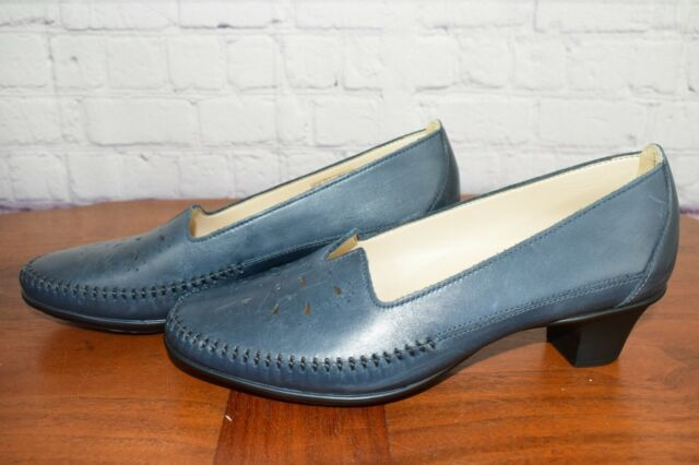 SAS 'Sonyo' Women's Blue Leather Heel Pumps, Size 8.5 W